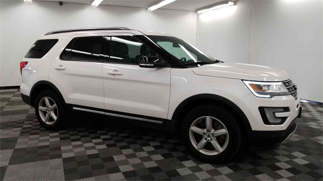Pre Owned 2016 Ford Explorer Xlt 4d Sport Utility In Long Island City M48370 Major World