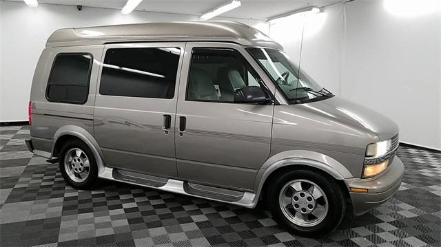 Pre Owned 2003 Chevrolet Astro Lt Passenger Van In Long