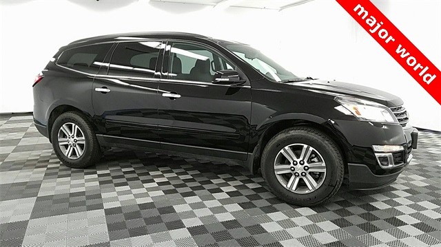 Pre Owned 2017 Chevrolet Traverse Lt