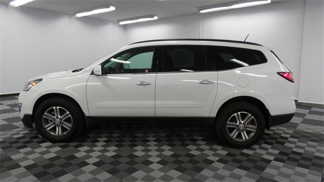 pre owned 2017 chevrolet traverse 2lt 4d sport utility in long island city 30258 major world. Black Bedroom Furniture Sets. Home Design Ideas