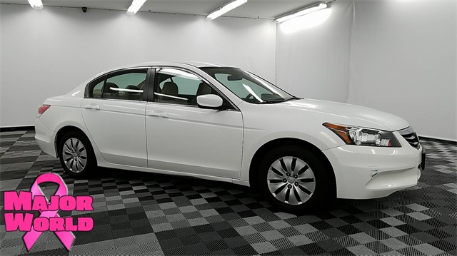 Elegant Pre Owned 2012 Honda Accord LX