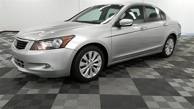 Pre Owned 2010 Honda Accord EX L