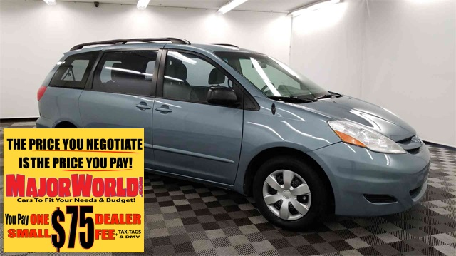 Pre-Owned 2009 Toyota Sienna CE